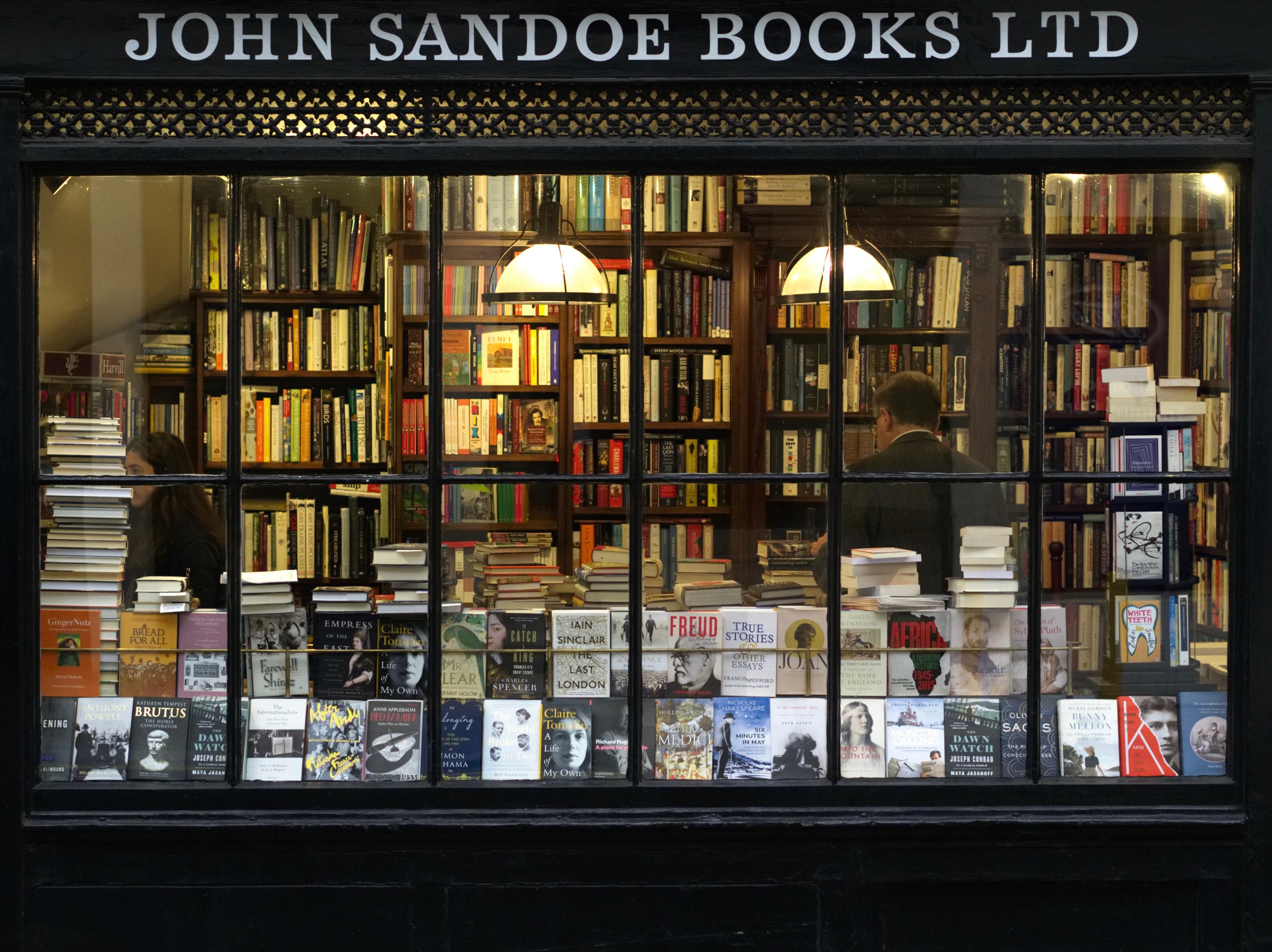 bookshop-River-West